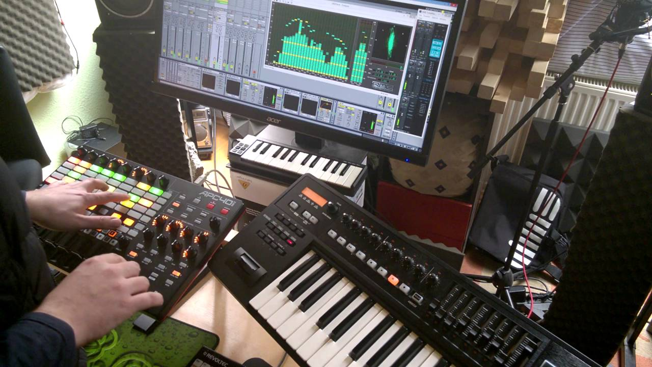 Akai Apc40 MK2 Ableton Melodic Techno Performance