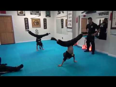 Kung Fu Kids - Handstand Challenge