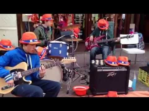 Queen's Day, Den Haag, Street Music-The Fred