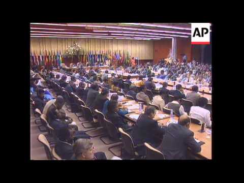 MAURITIUS: LOME CONVENTION AGREE TO REVISE TRADE PACT WITH EU
