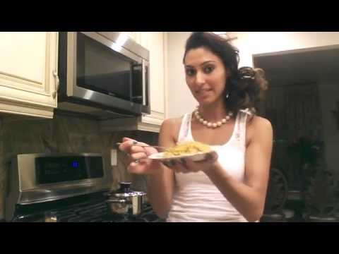 How to flavor brown rice