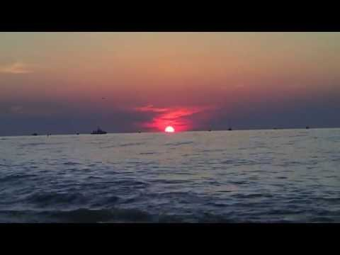 Lake Erie Sunset in 17 seconds - Vermillion Ohio, July 2013