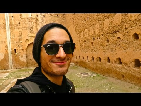 PALACES AND TOMBS IN MARRAKECH!
