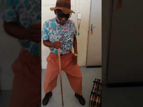 Grandfather dancing to Thol'ukuthi hey
