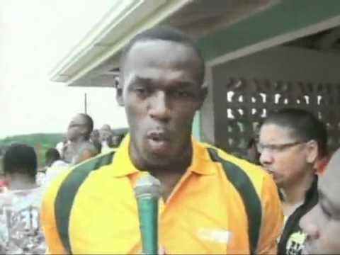 Usain Bolt Gets Chris Gayle Out!!