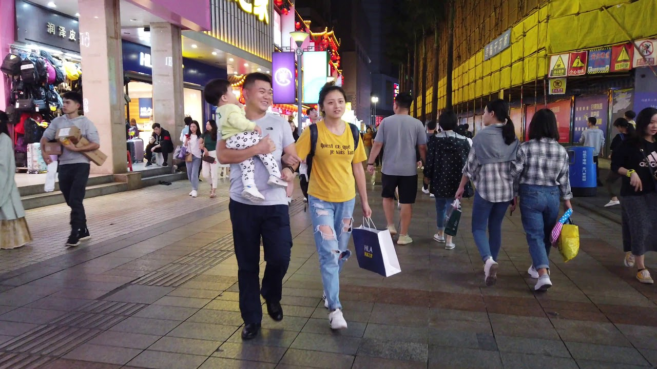 【4K】Night Walk at Dongmen, Shenzhen, China | Shenzhen street foods & shopping street