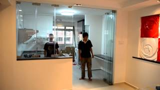 Protect Smell and Oily Smoke Escape From Open Concept Kitchen Frameless Door system (Open)