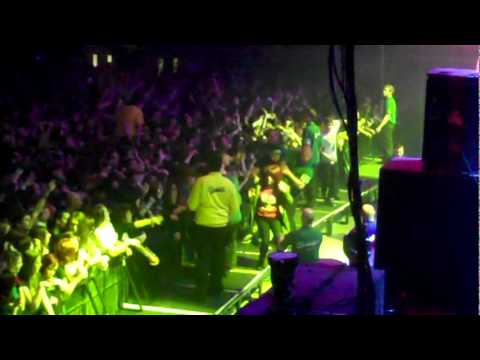 BRING ME THE HORIZON - The Sadness Will Never End (live Wembley Arena)