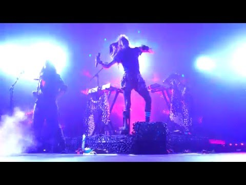 Grimes - Be A Body LIVE HD (2015) Los Angeles The Mayan Theater