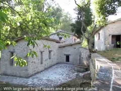 Italian Real Estate in Umbria for sale by Antonini Realty, ancient property Rasiglia