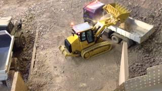 CAT 963D loading a MAN hook lift #1 27/12/14
