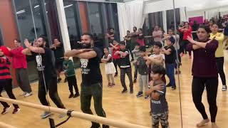 Bhangra class / Routine to Sharry Maan Naukar