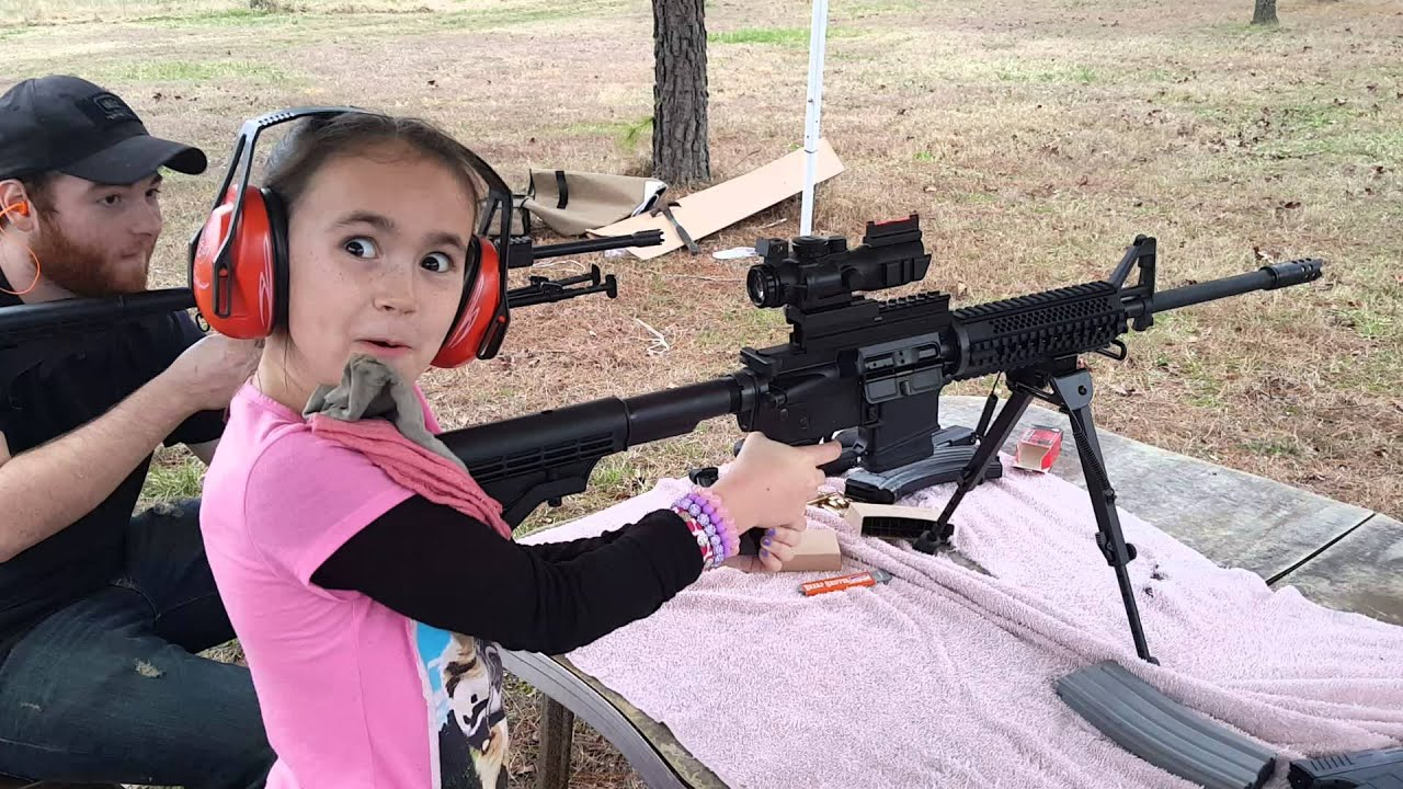 8 year old girl shooting an AR-15 - YouTube