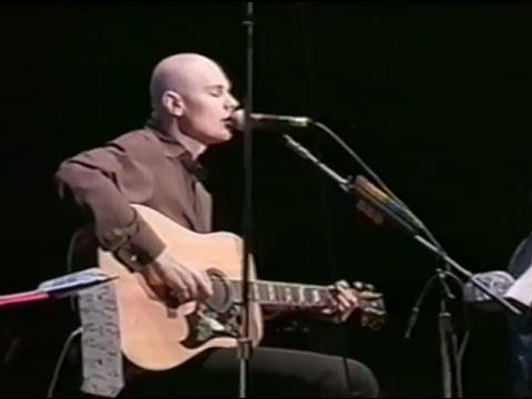The Smashing Pumpkins - Full Concert - 10/18/97 - Shoreline Amphitheatre (OFFICIAL)