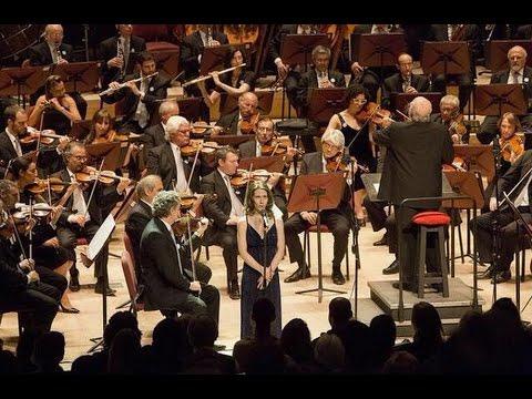 Himno Nacional Argentino por la Orquesta Sinfónica Nacional y Elena Roger