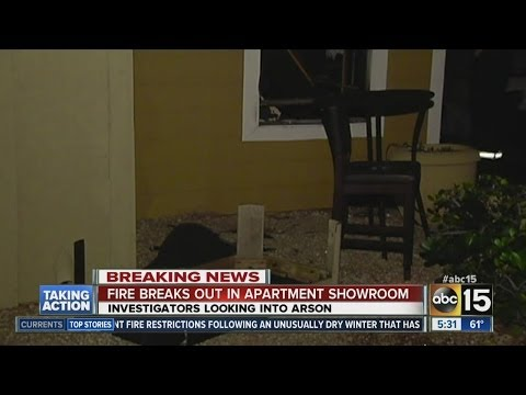Fire breaks out in Phoenix apartment showroom