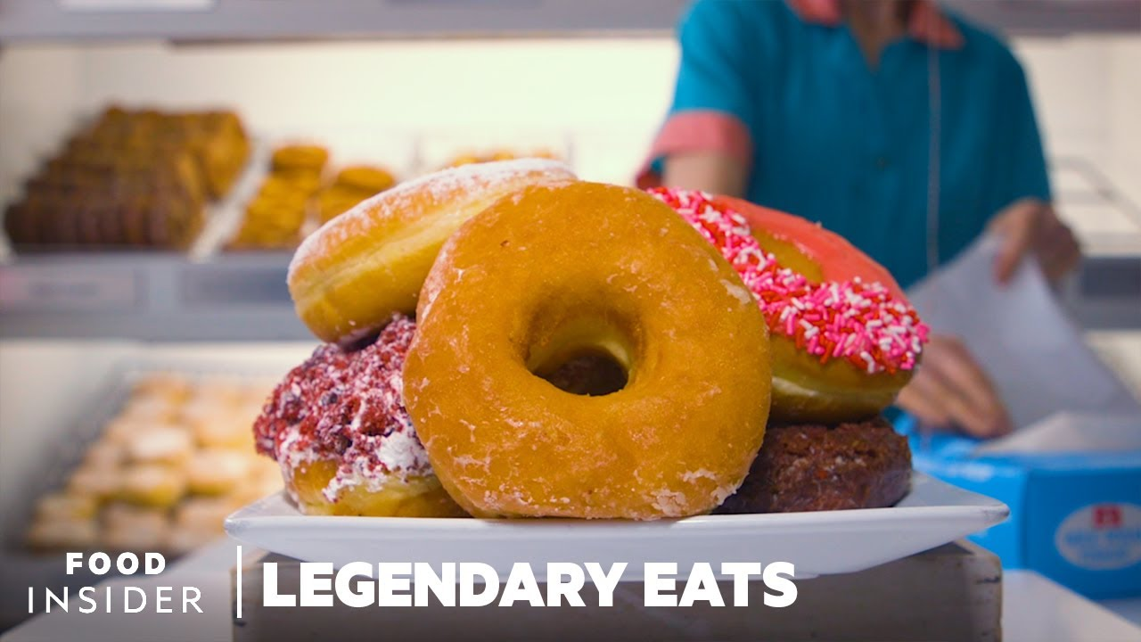 Peter Pan Makes The Best Doughnuts In Brooklyn | Legendary Eats