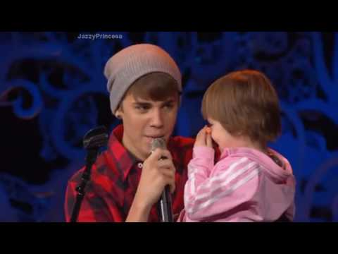 Jazmyn Bieber Singing Baby - Justin Bieber (2011/2015/2017)