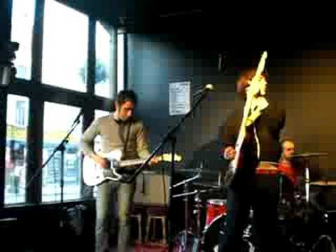 Dunno  live in London  -Fiction-