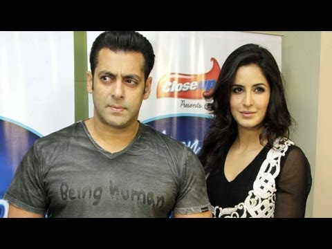 Salman Khan, Katrina Kaif On Indian Idol! from YouTube · Duration:  11 minutes 31 seconds
