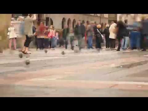 0038 - time lapse - People walking in the square, Milan