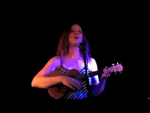 """Pearl Rhein: """"Oh, Emma"""" live at The Sidewalk Cafe"""
