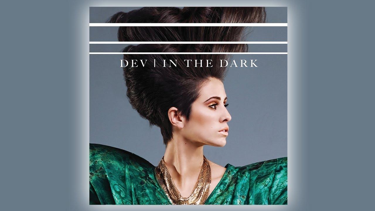 dev-in-the-dark-live-acoustic-vevo-lift-dev-s-music