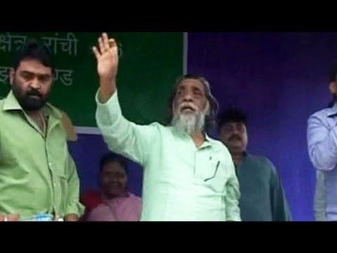 Jharkhand Land Row: Shibu Soren Wooing Villagers?