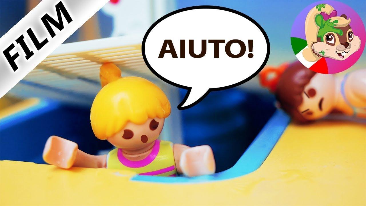 Playmobil film italiano   ANNA IMPRIGIONATA ALL'ACQUAPARK - Lea si vendica   famiglia Vogel