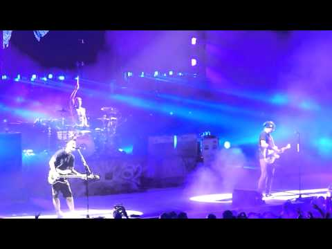 Blink-182 - After Midnight - Honda Civic Tour 2011 Montreal