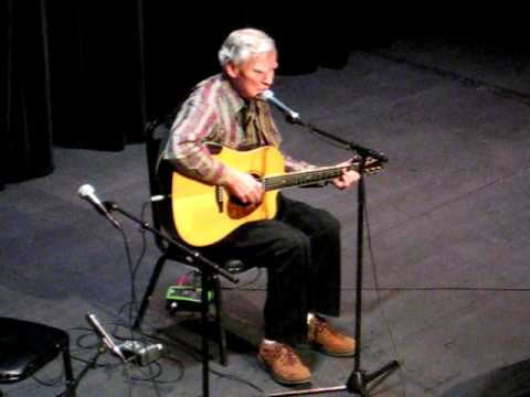 Doc Watson - The Orphan Girl (Solo) - 2010 - YouTube