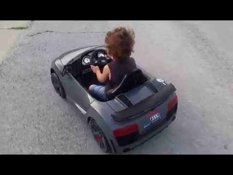 JJ Sporting His Avigo Audi R V Spyder GT YouTube - Audi r8 6v car