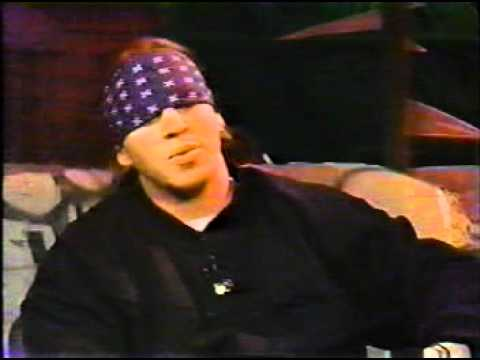 Mike Muir-Headbanger's Ball Interview 1990 (pt.2) SUICIDAL TENDENCIES