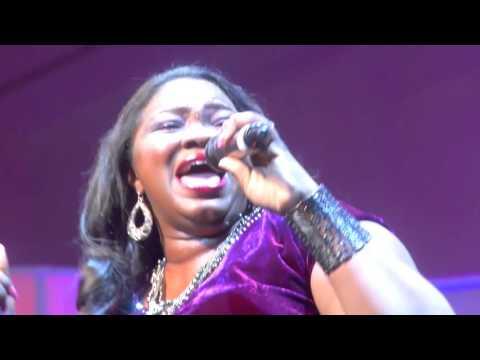 4 LAGOS COMMUNITY GOSPEL CHOIR  AND LARA GEORGE BEYOND MUSIC