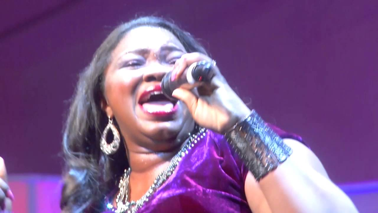 Download 4 LAGOS COMMUNITY GOSPEL CHOIR  AND LARA GEORGE BEYOND MUSIC