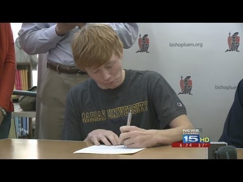 Joe Leja of Bishop Luers high school signs with Marian University for golf video from 6 p.m. news