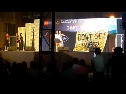 Fashion show... kamla nehru college