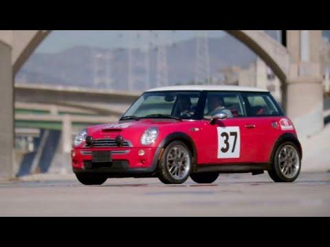 Découvrez le test drive de la Mini Cooper C40. C'est de la folie !