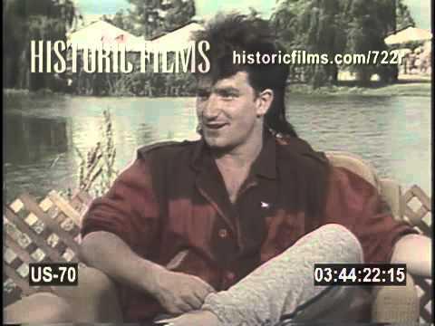 https://i.ytimg.com/vi/ZAg-AZDTxqA/hqdefault.jpg Bono 1983