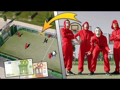 LA CASA DE PAPEL JOUE UN MATCH DE FOOT !