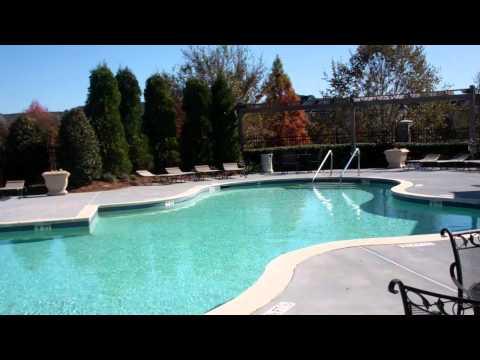 Carrington Place at Wildewood Apartments Sparkling Pool