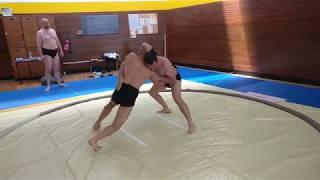 Video Paris Sumo : Bruno vs Romain download MP3, 3GP, MP4, WEBM, AVI, FLV Agustus 2017