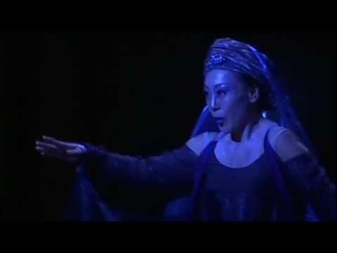 """Sumi Jo sings """"Der Hölle Rache kocht..."""" (Die Zauberflöte, Mozart) 조수미, 밤의여왕"""