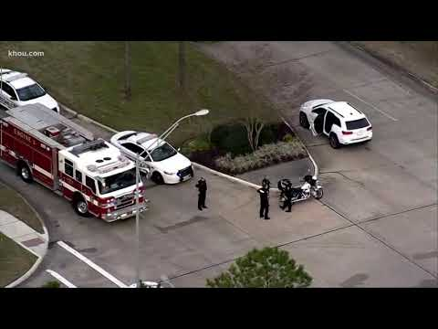 Woman injured in auto-pedestrian crash in W. Harris County