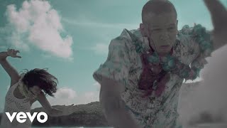 Calle 13 - Muerte En Hawaii (Official Video)