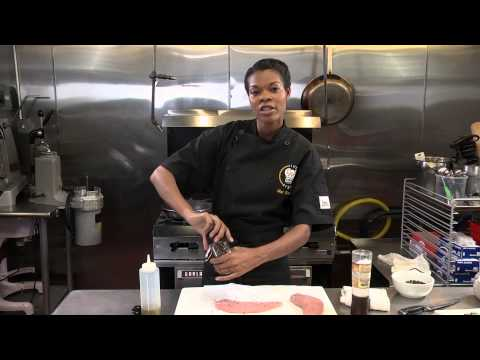 Sauteed Turkey Cutlets With Olive Oil, Pepper And Salt : Farm Fresh Foods