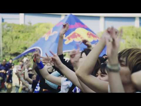 「XYZ」ミュージックビデオ