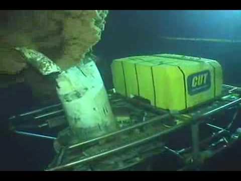 Oil Spill Disaster 2010 (part341) - BOP Riser Kink Link Extreme Closup.mp4