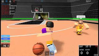 Kobe Bryant vs Lebron james in roblox!!