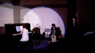 妹の結婚式で演奏をお願いされました。 披露宴入場のときのBGM演奏です...